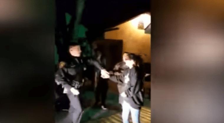 Policia baile