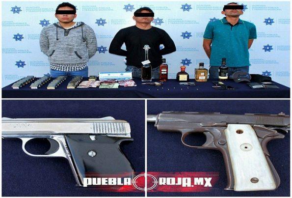 Circuito Juan Pablo Ii 429 Col San Baltazar Campeche : Video así frustró policía de puebla asalto a licorería y