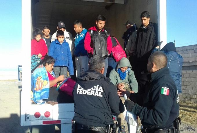 policía federal rescate indocumentados (2)