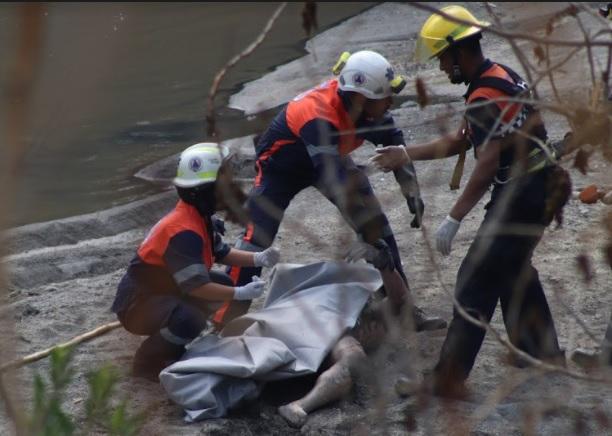VIDEO: Niños hallan muerto en río de Totimehuacán